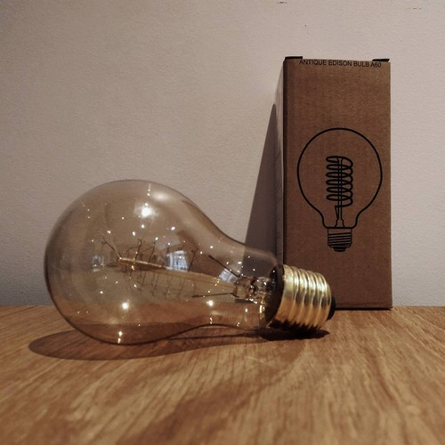 ampoule edison filament e a60 40 watts. Black Bedroom Furniture Sets. Home Design Ideas